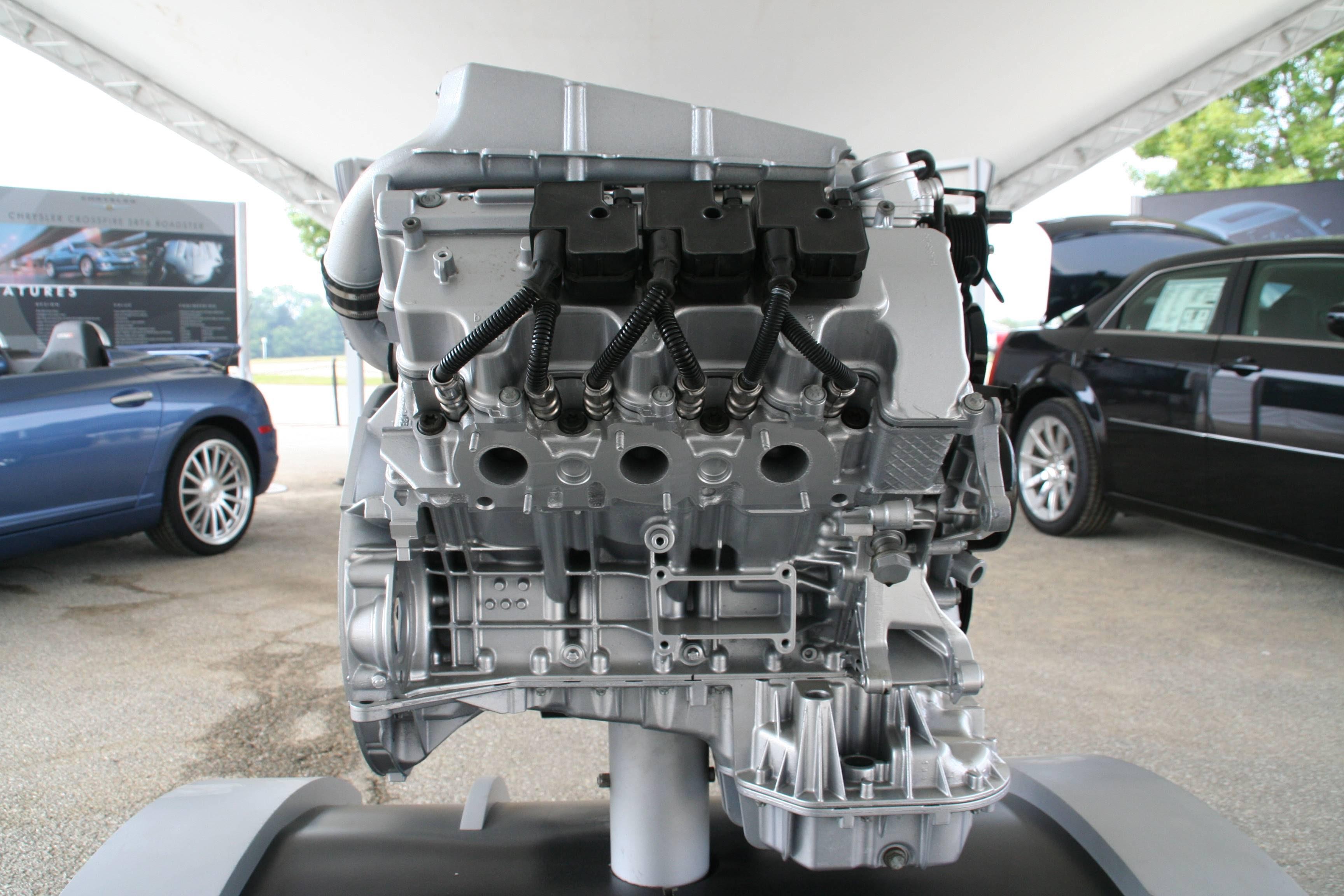 chrysler crossfire srt6 engine. srt6 engine v6 32l 349 bhp 354 ps 450 nm 260kw chrysler crossfire srt6 engine r